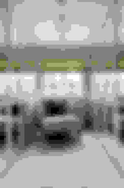 更衣室 by Studio Duggan