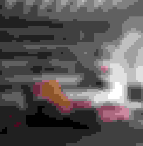 VERZELLONI:  tarz Oturma Odası