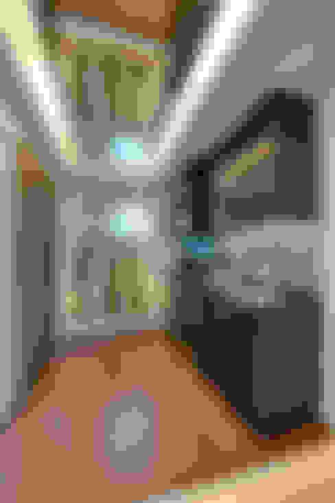 Cobertura Duplex: Adegas  por Lucia Navajas -Arquitetura & Interiores