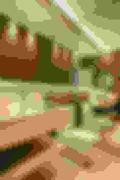 Bathroom by Arquitetura e Interior