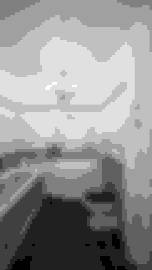 Bathroom by студия визуализации и дизайна интерьера '3dm2'