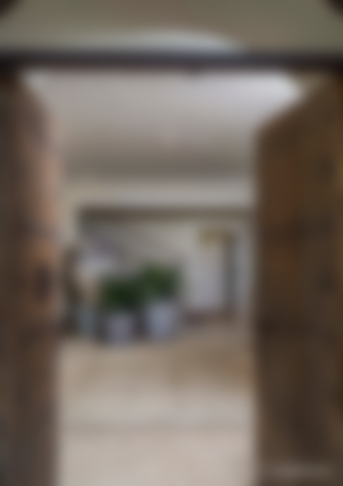 走廊 & 玄關 by MARIANGEL COGHLAN