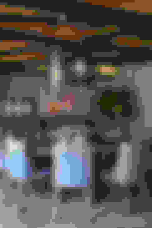 餐廳 by MARIANGEL COGHLAN