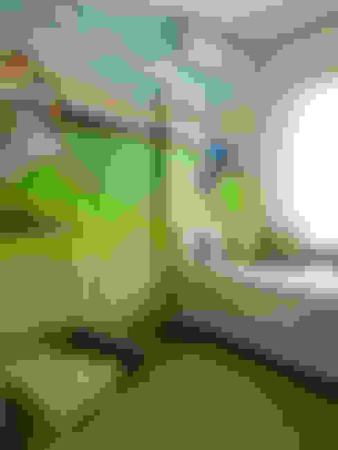 quarto de menino: Quarto infantil  por Flávia Brandão - arquitetura, interiores e obras