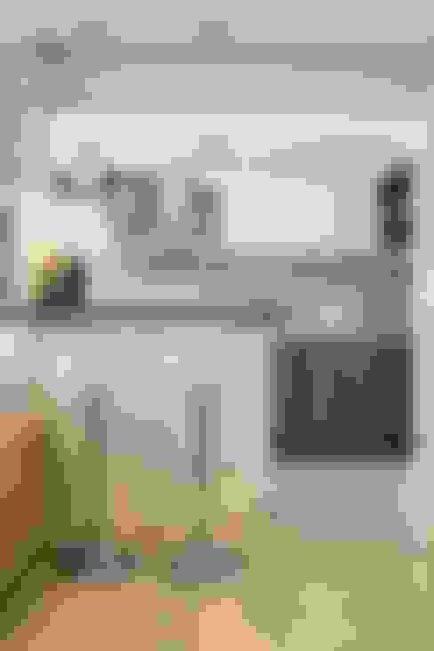 Apartamento Bento: Cozinhas  por Camila Chalon Arquitetura