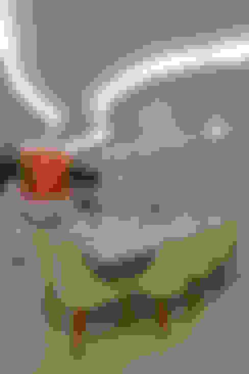 Apartamento Marrocos: Salas de jantar  por Designer de Interiores e Paisagista Iara Kílaris