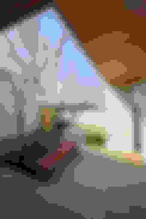 谷原新田の家: TAMAI ATELIERが手掛けた庭です。