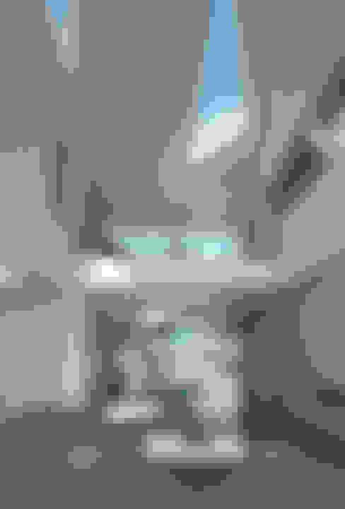 Terrace by Wilkinson King Architects