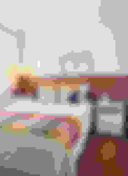 Apartamento na Pompeia, São Paulo: Quartos  por Liliana Zenaro Interiores