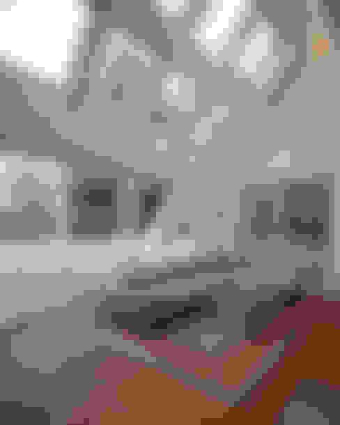 Ruang Keluarga by schröckenfuchs∞architektur