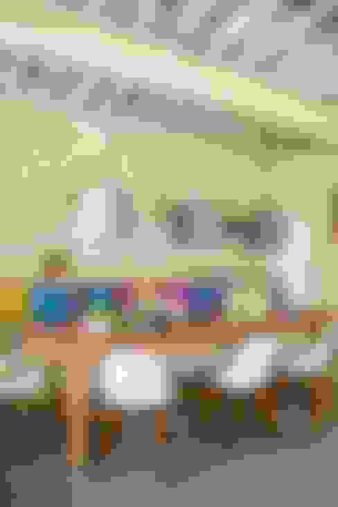 Ruang Makan by Marcello Gavioli