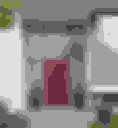 Puertas de entrada de estilo  por HORMANN