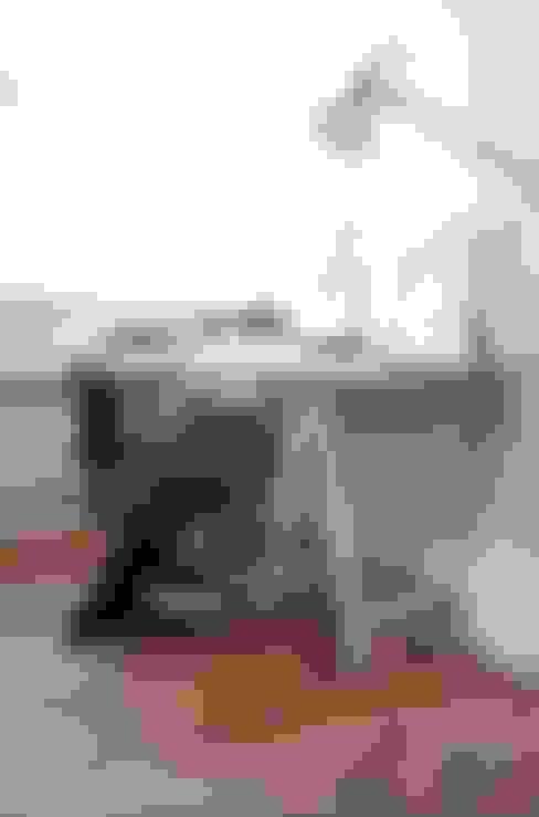 Werkkamer:  Studeerkamer/kantoor door ontwerpplek, interieurarchitectuur