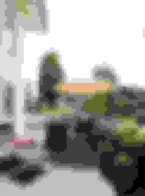 Terrace by FingerHaus GmbH - Bauunternehmen in Frankenberg (Eder)