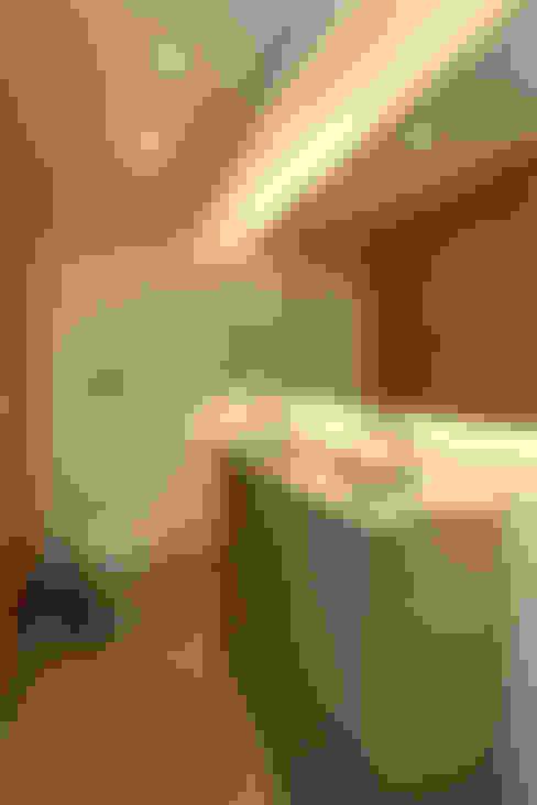 Lavabo: Banheiros  por Casa 2 Arquitetos