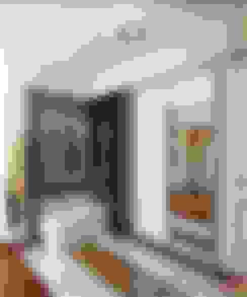 Corridor & hallway by MoRo