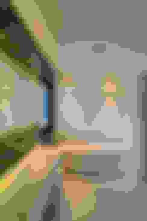 Baños de estilo  por CKX architecten