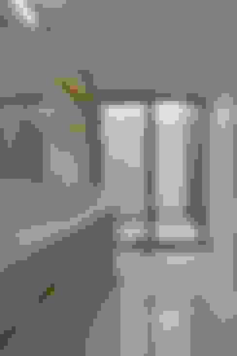 Bathroom by 若山建築設計事務所