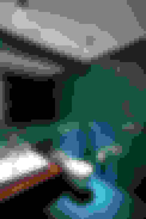 Banheiros  por hmarchitekten
