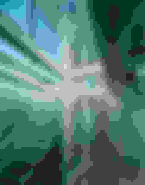 ガラス階段: 原 空間工作所 HARA Urban Space Factoryが手掛けた廊下 & 玄関です。