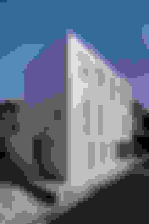 光庭の家: 株式会社FAR EAST [ファーイースト]が手掛けた家です。