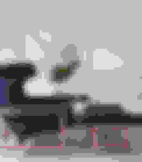 Living room by Yamagata Arquitetura