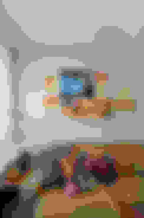 Apartamento RM : Salas de estar  por CR Arquitetura&paisagismo