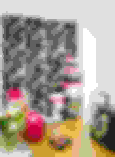 Svärmor wallpaper:  Walls & flooring by Studio Lisa Bengtsson