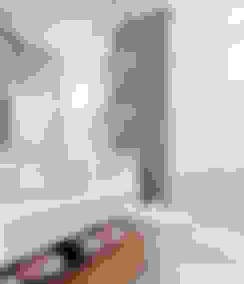 Lapa | Decorados: Banheiros  por SESSO & DALANEZI