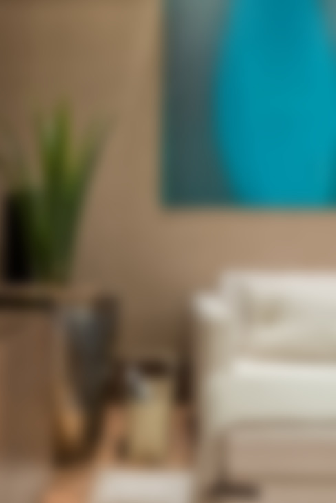 Estar Íntimo: Sala de estar  por Viviane Loyola Arquitetura e Interiores