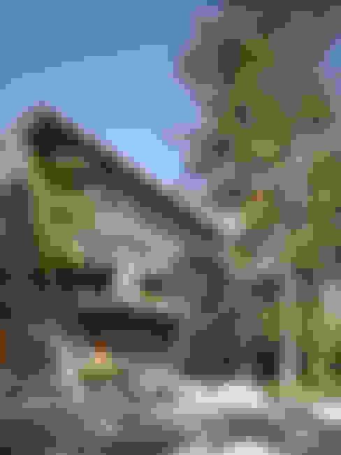 Casa Barrancas: Casas de estilo  por Ezequiel Farca