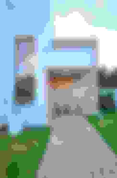 บ้านและที่อยู่อาศัย by ARQ Ana Lore Burliga Miranda