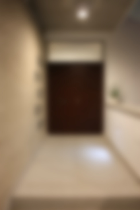 Pasillos y hall de entrada de estilo  por ESTUDIO P ARQUITECTO