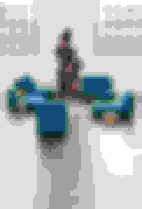 Projekty,  Salon zaprojektowane przez Cubit- Bits For Living