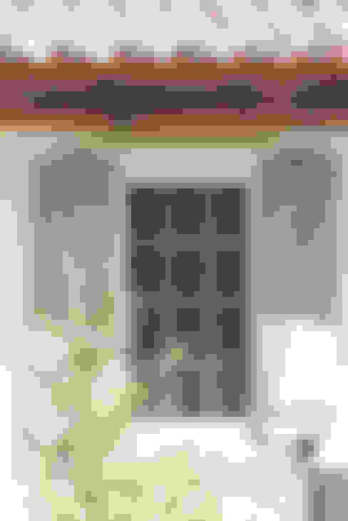 Windows & doors  by 株式会社アートカフェ