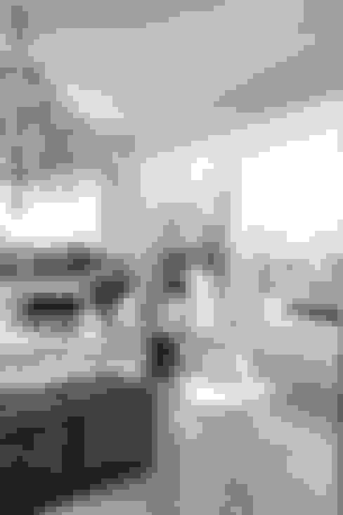 Living room by Bonita Casa
