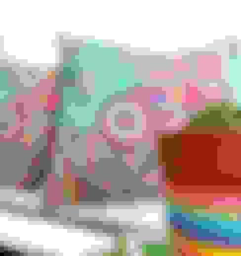 Textiles para renovar tu ambiente: Livings de estilo  por Las Candelarias