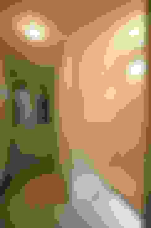 호텔식 트윈룸_34py: 홍예디자인의  창문