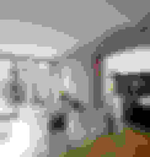 غرفة المعيشة تنفيذ Wirth Architekten