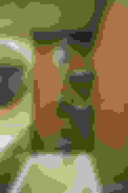 Baños de estilo  por homify