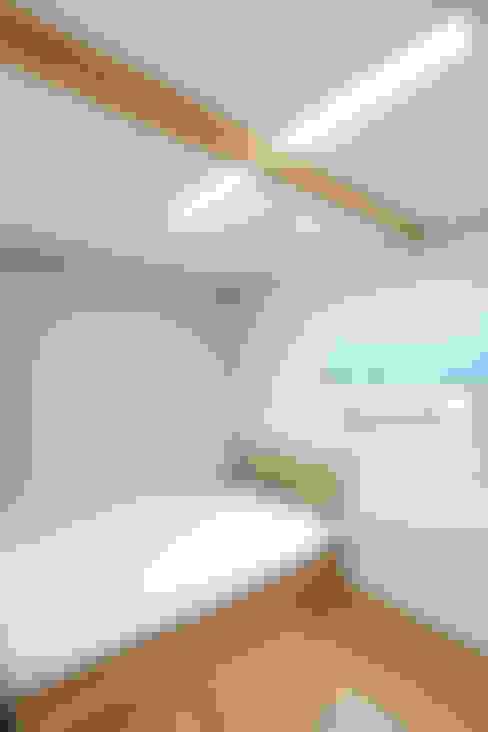 Projekty,  Sypialnia zaprojektowane przez woodsun