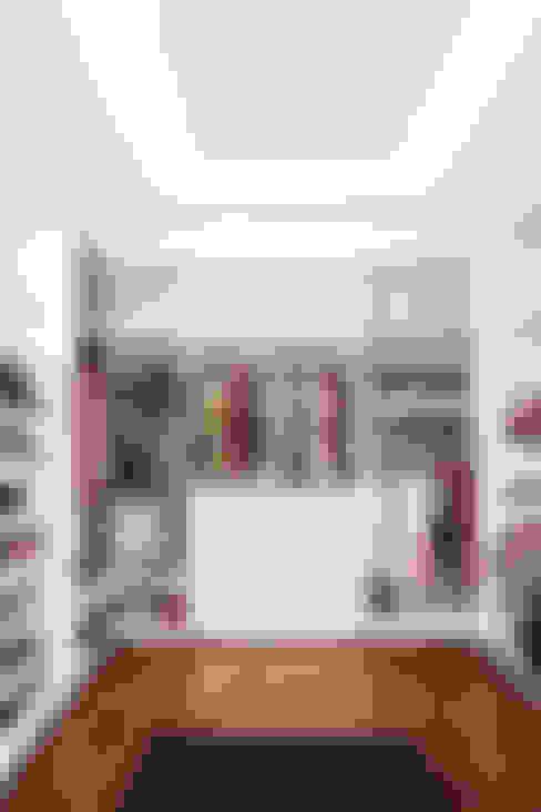 Closets  por homify