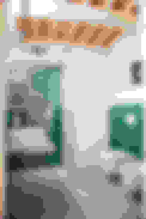 Salle de bains de style  par Ossigeno Architettura