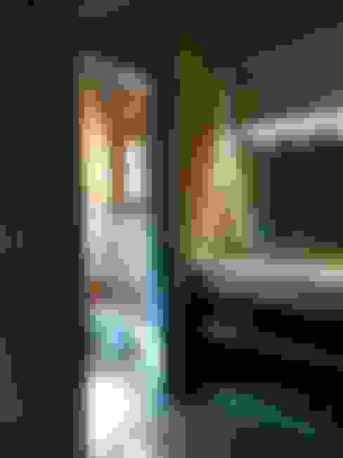 Baños de estilo  por ART quitectura + diseño de Interiores. ARQ SCHIAVI VALERIA