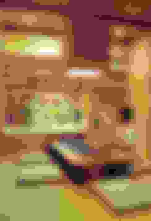 岸和田の家: 株式会社 atelier waonが手掛けたダイニングです。