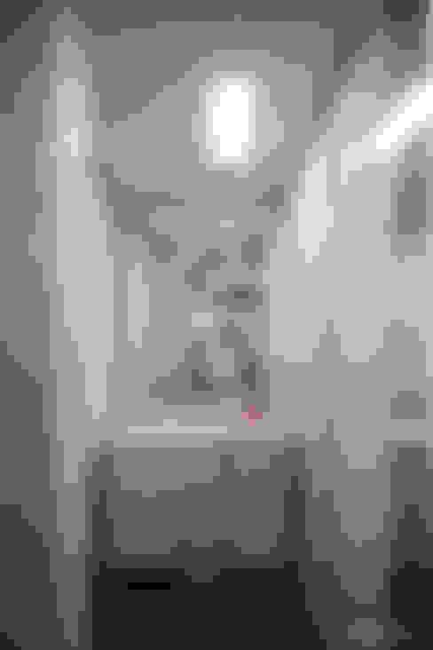 파스텔톤의 따뜻한 신혼집 _ 33py: 홍예디자인의  드레스 룸