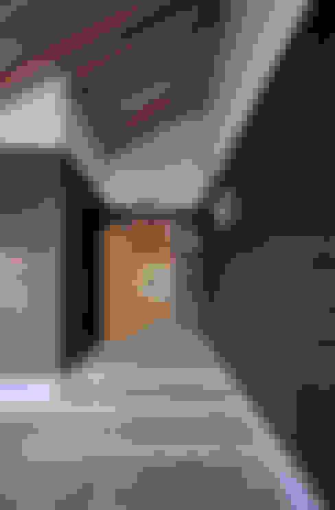 Puertas y ventanas de estilo  por FuruichiKumiko ArchitectureDesignOffice