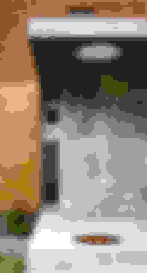 บ้านและที่อยู่อาศัย by AGUIRRE+VAZQUEZ
