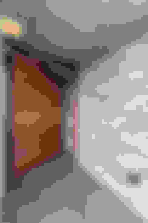 Puertas de entrada de estilo  por AD+ arquitectura
