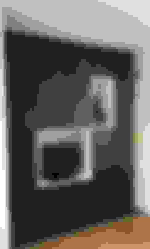 Bedroom by Thomas JENNY